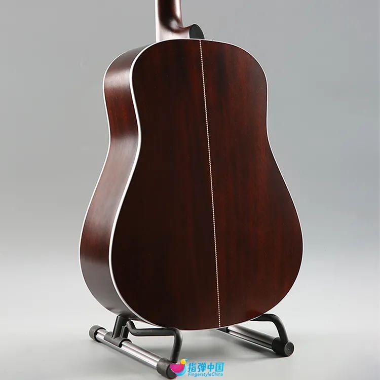 开箱|没错,它就是那支看剪影都认得出牌子的吉他!