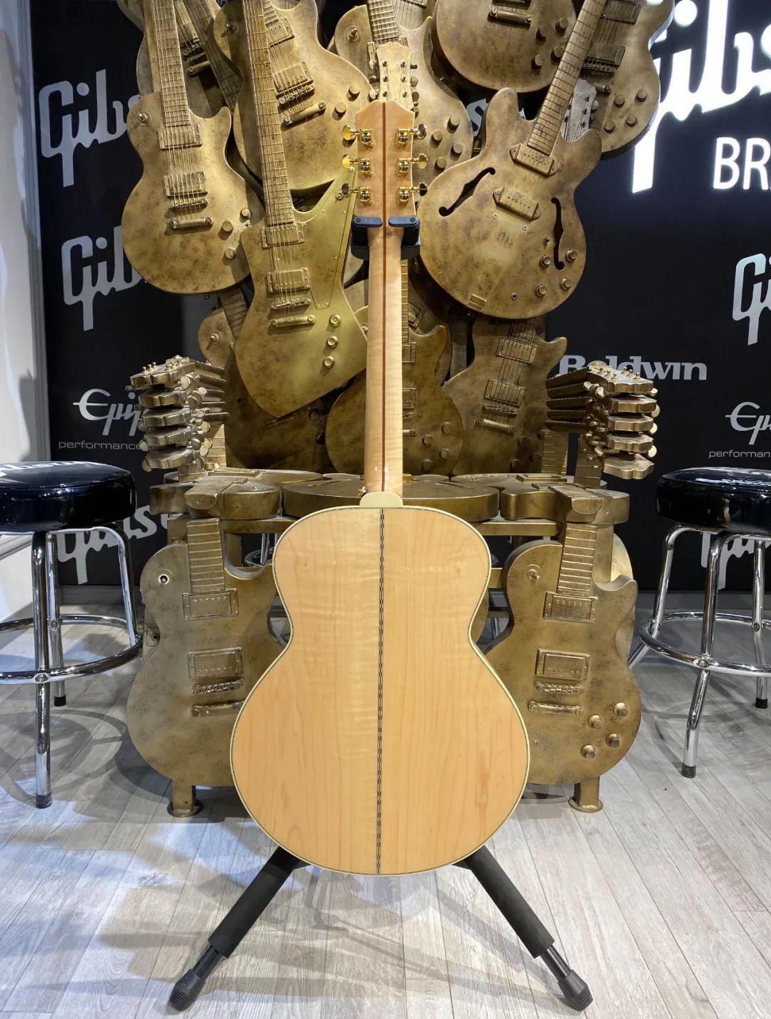 可能是易普风当前ZUI漂亮的三把原声吉他…